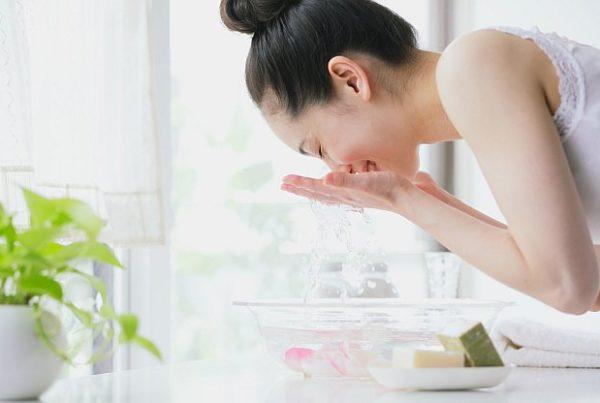 curățarea tenului în doi pași